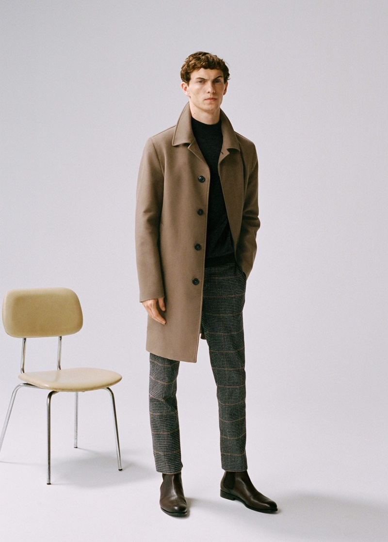 Mango taps model Luc Defont-Saviard to sport its latest fashions.