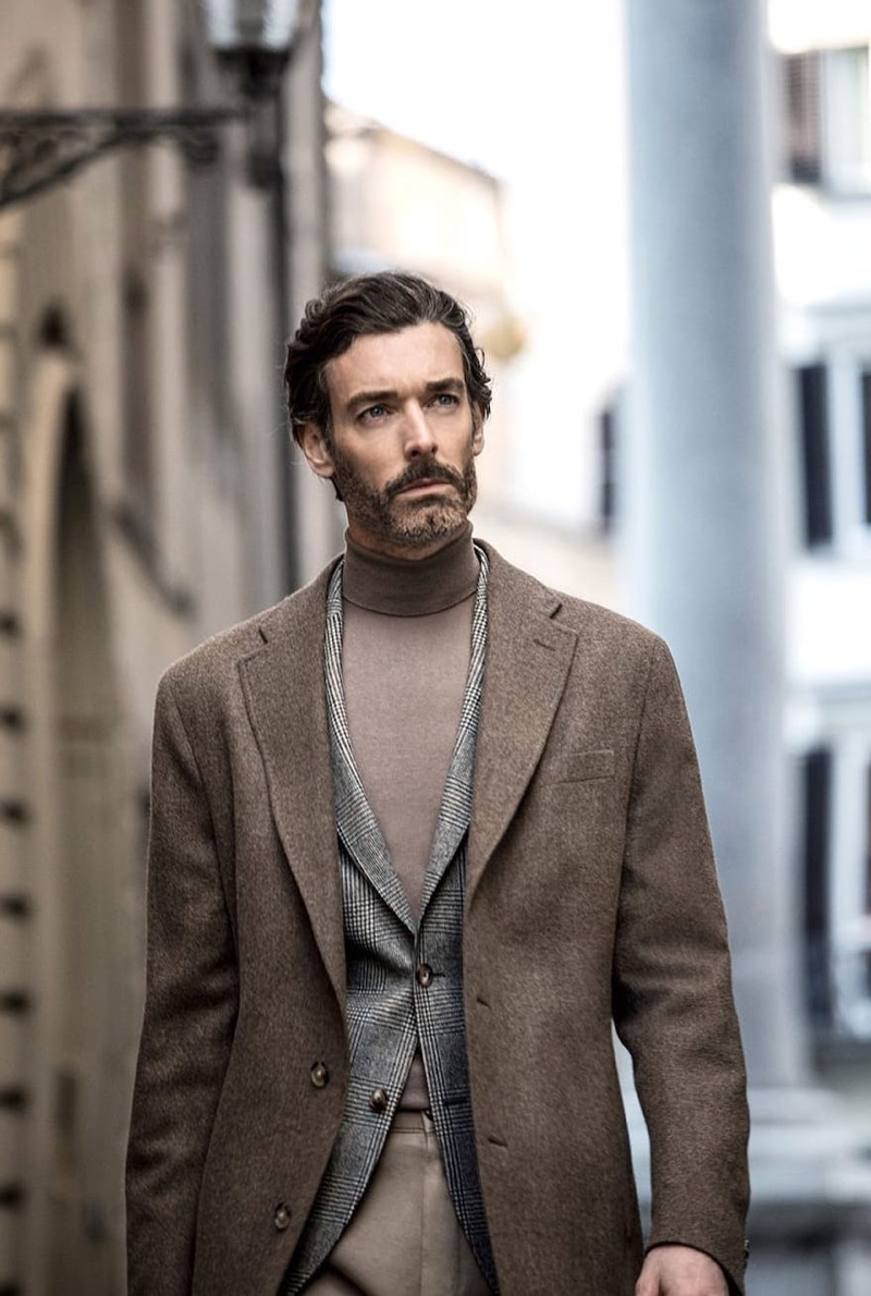 Taking to the streets of Florence, Richard Biedul wears Massimo Dutti.
