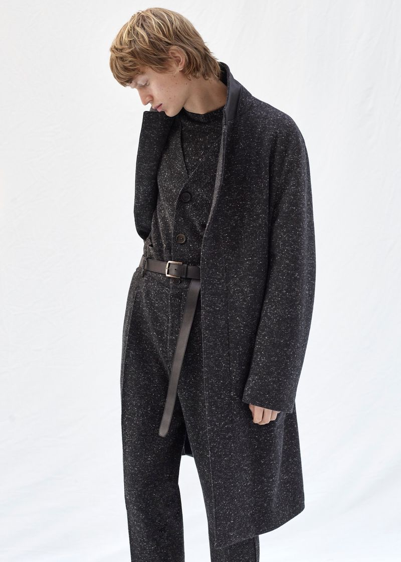 Jonas Glöer inspires in a marled fall-winter 2020 look from Agnona.