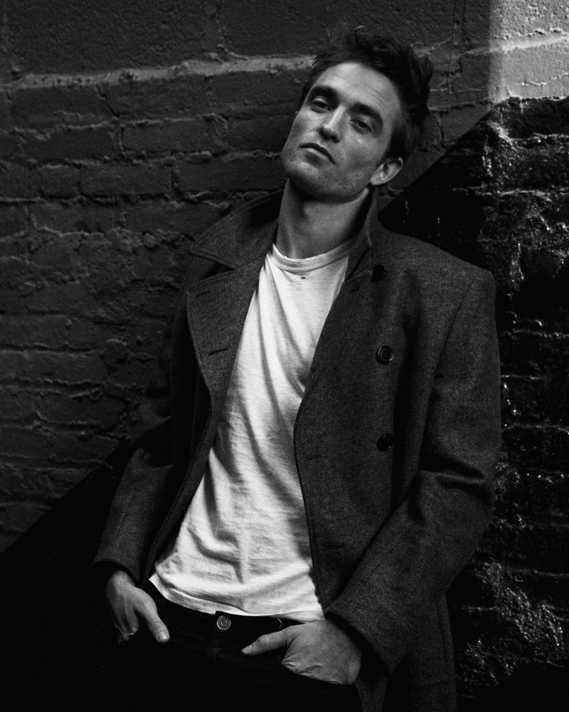 Embracing timeless style, Robert Pattinson fronts the Dior Homme fragrance campaign.