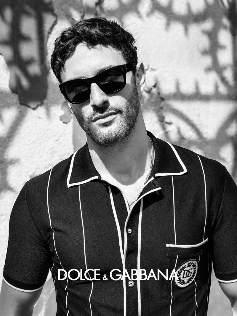 Rocking sunglasses, Noah Mills appears in Dolce & Gabbana's spring-summer 2020 men's eyewear campaign.