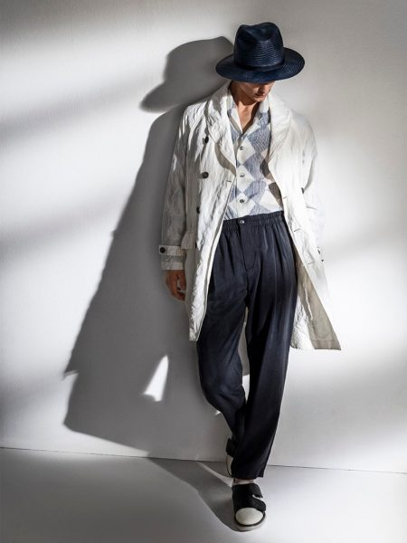 Relaxed Tailoring Reigns for Giorgio Armani Spring '20 Collection