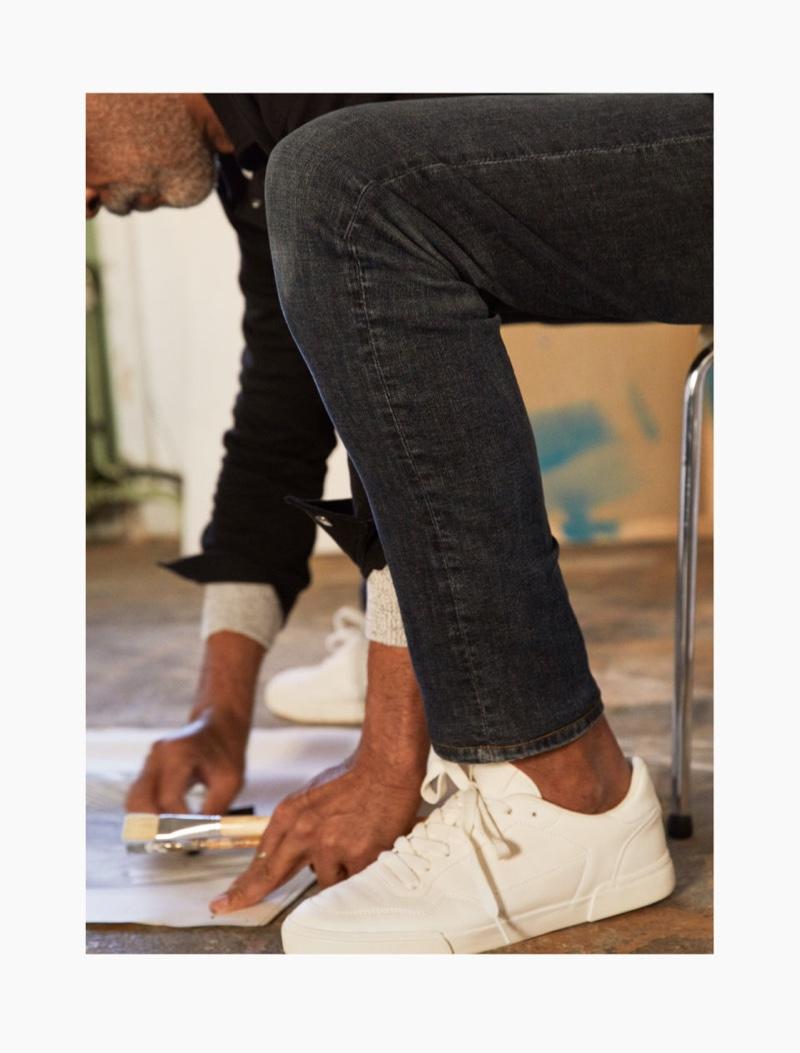 H&M enlists Lono Brazil to model its men's Freefit slim jeans.