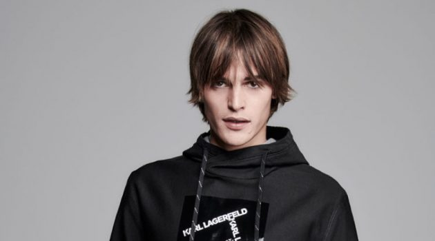 Parker van Noord goes sporty in a hoodie from Karl Lagerfeld's spring-summer 2020 collection.