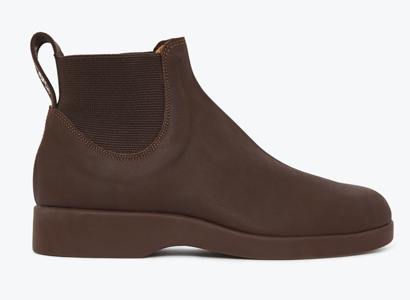R.M. Williams Yard Boot 365 in brown walnut hand oiled kip leather