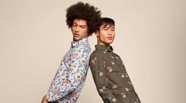 Models Gabriel Gomieri and Chun Soot sports floral print shirt from Banana Republic.