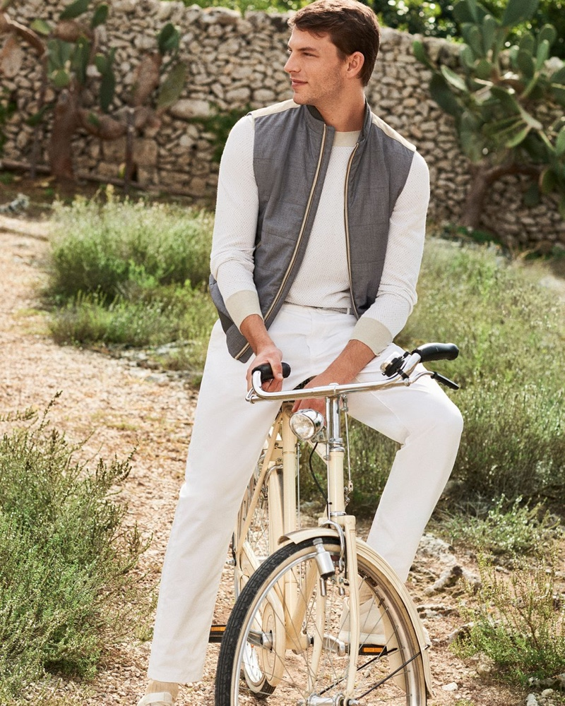 Modeling a summery look, Daniel Schroder appears in Canali's spring-summer 2020 campaign.