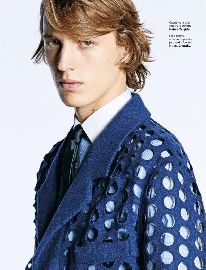 Corriere della Sera Style Serves Up Bold Spring Looks