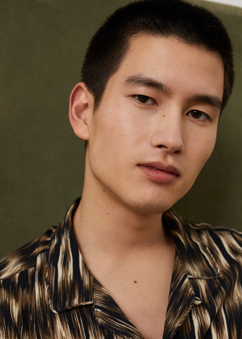 Front and center, Kohei Takabatake connects with Mango for its latest men's outing.