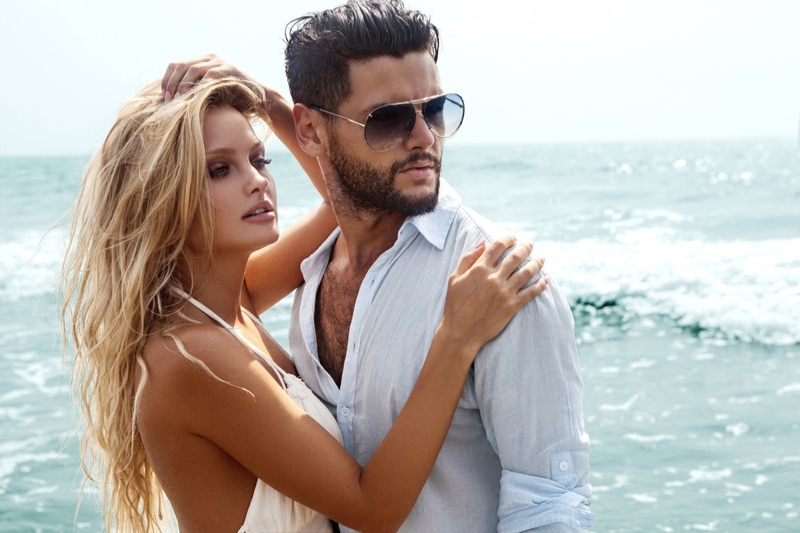 Model Couple Beach Attractive Glamour