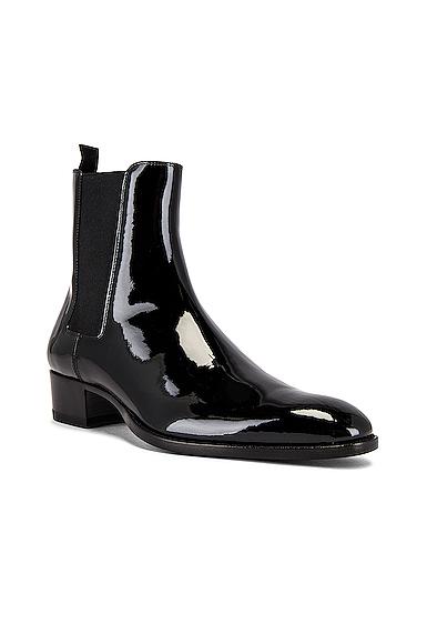Saint Laurent Leather Boots in Black