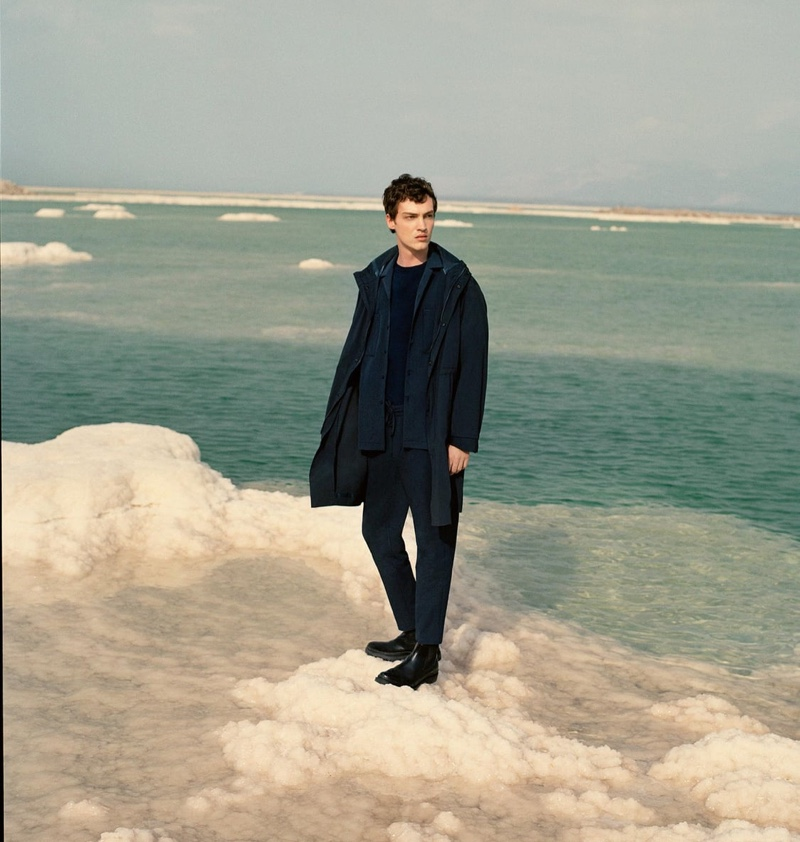 Embracing monochromatic dressing, Swann Guerrault wears a navy look from Zara's Active Utility men's capsule collection.