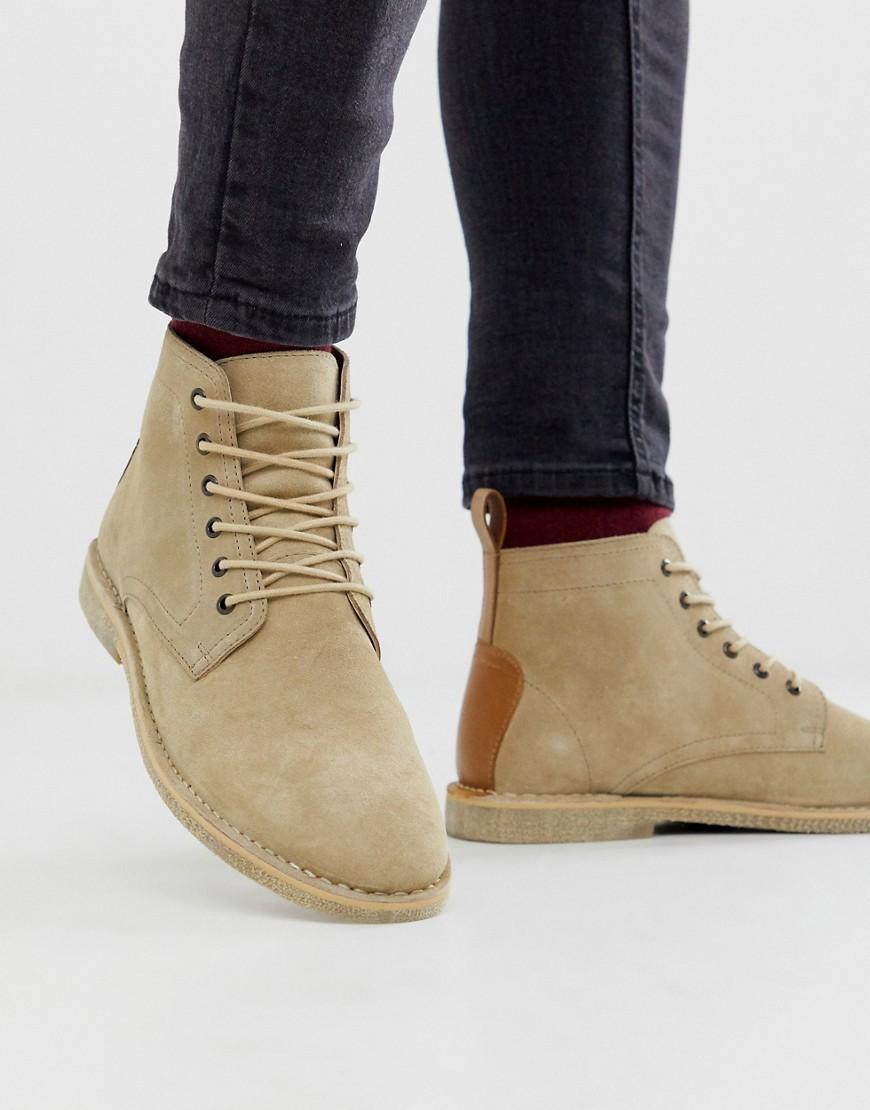 ASOS DESIGN desert chukka boots in