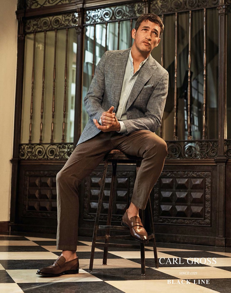 Ilay Dons Elegant Suits from Carl Gross Black Line Spring '20 Collection