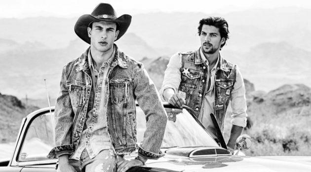 Mattia Narducci and Simone Susinna model denim for GUESS' spring-summer 2020 campaign.