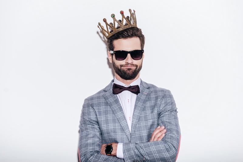 Man Print Jacket Crown Bow Tie Sunglasses