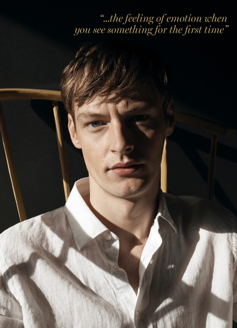 Ready for his close-up, Roberto Sipos models a linen shirt from Massimo Dutti.
