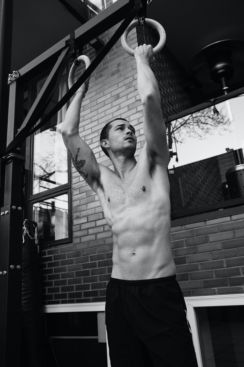 Francisco Works Out with Victor Magazine