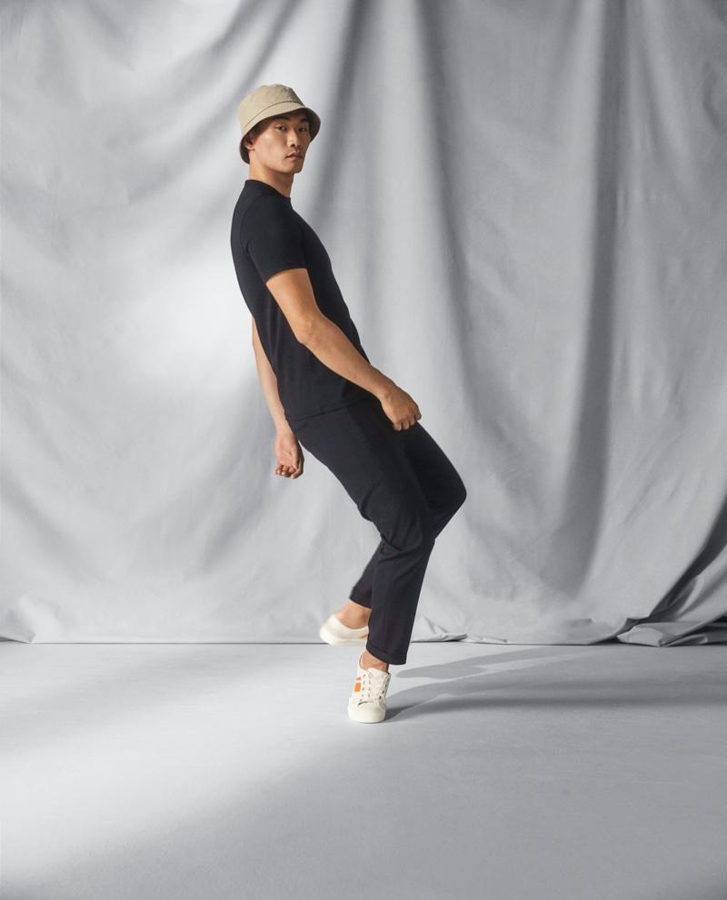 Hitting the studio, Kamui Tanaka stays cool in fashions from H&M's Coolmax range.