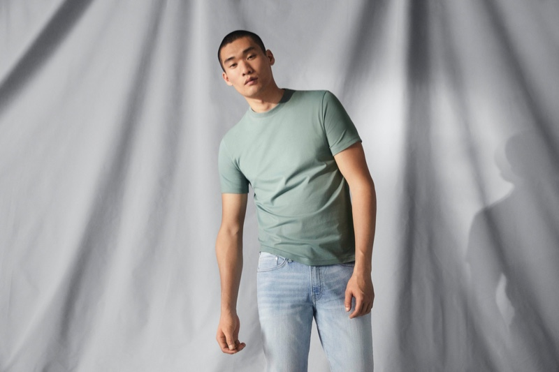 Playing it casual, Kamui Tanaka sports a cotton tee from H&M's Coolmax summer range.