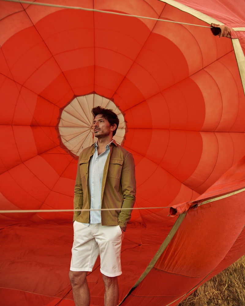 Model Andres Velencoso reunites with Peek & Cloppenburg for its spring-summer 2020 campaign.