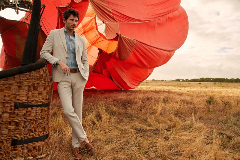 A sharp vision in a natural-colored linen suit, Andres Velencoso fronts Peek & Cloppenburg's spring-summer 2020 campaign.