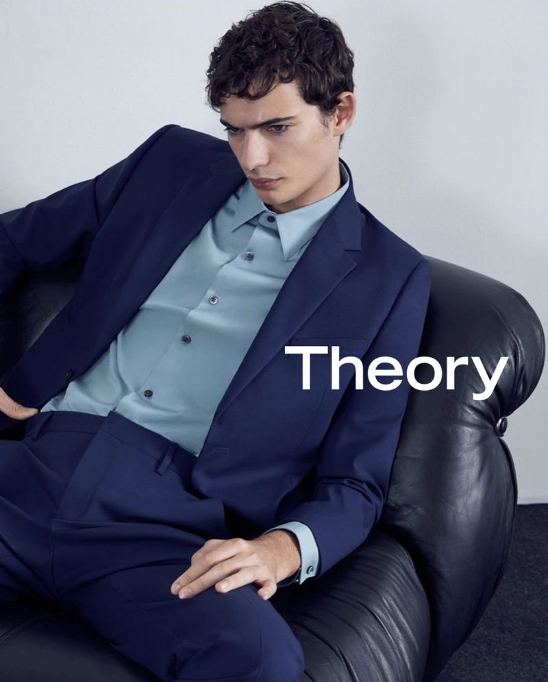 Donning a navy suit, Piero Mendez fronts Theory's new campaign.