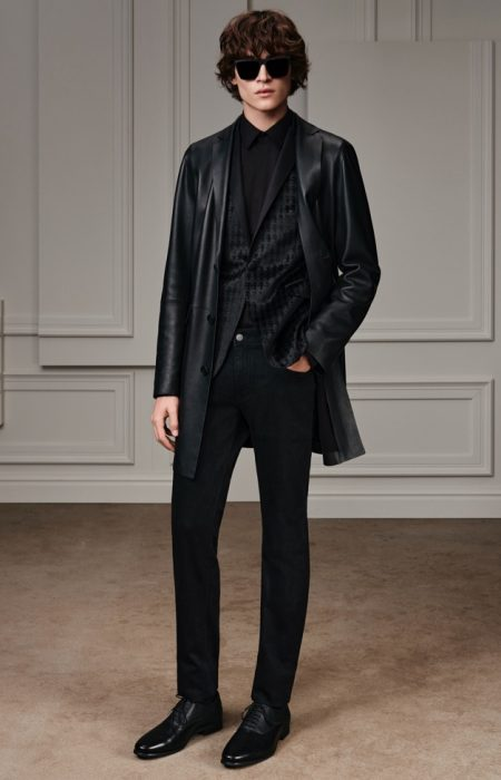 Karl Lagerfeld Revisits Iconic Style Codes for Fall '20 Collection