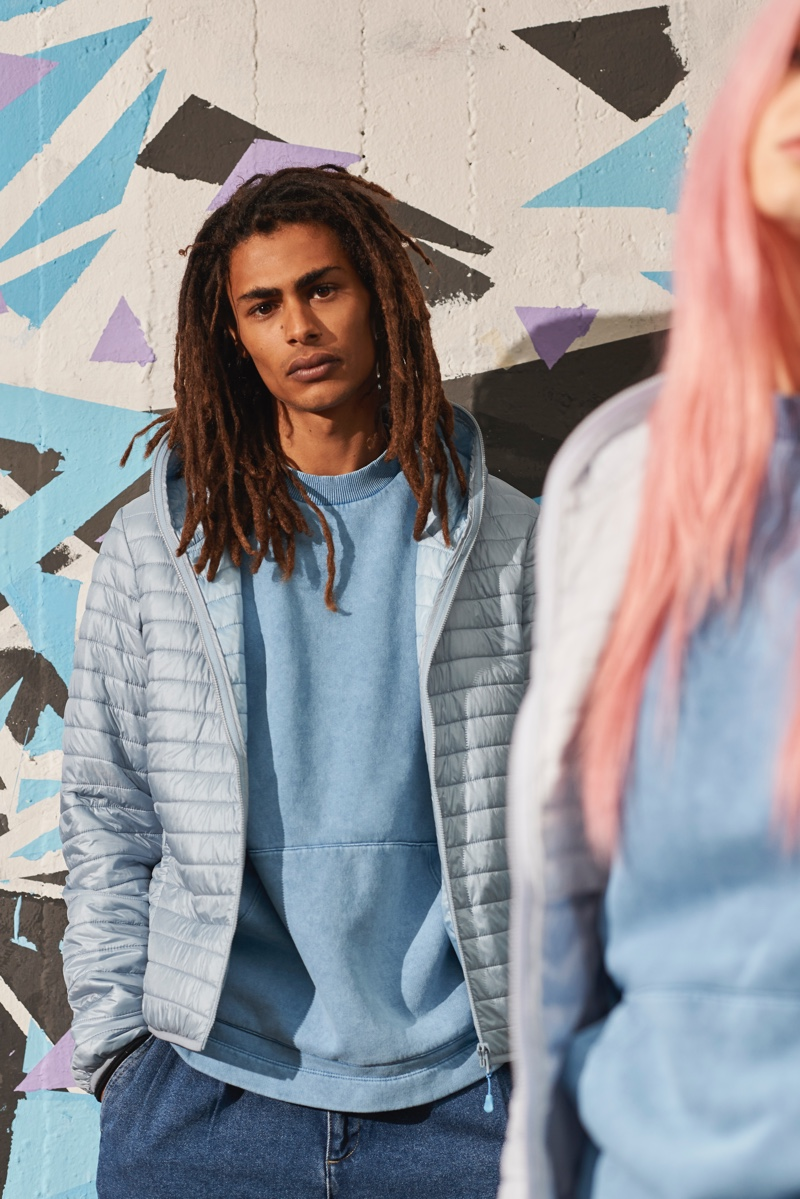 The athleisure trend is easily embraced with practical pieces from Save The Duck's spring-summer 2020 lineup, such as the brand's puffer jackets.