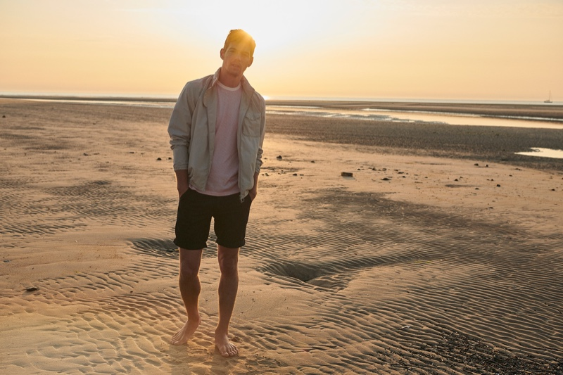 Bertold Zahoran takes to the beach in Barbour's coastal collection.