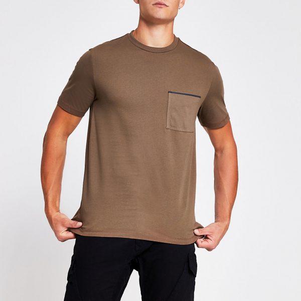 River Island Mens Brown slim fit short sleeve pocket T-shirt