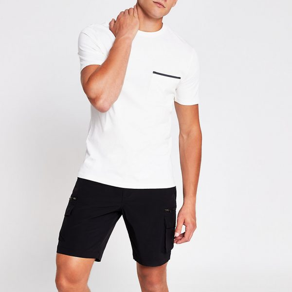River Island Mens Ecru slim fit short sleeve pocket T-shirt