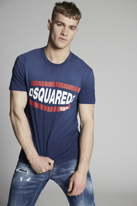 DSQUARED2 Men Short sleeve t-shirt Blue Size M 100% Cotton