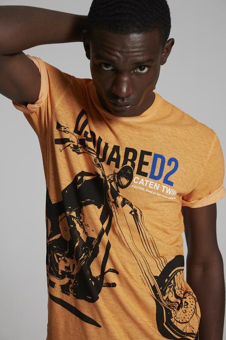 DSQUARED2 Men Short sleeve t-shirt Orange Size L 100% Cotton
