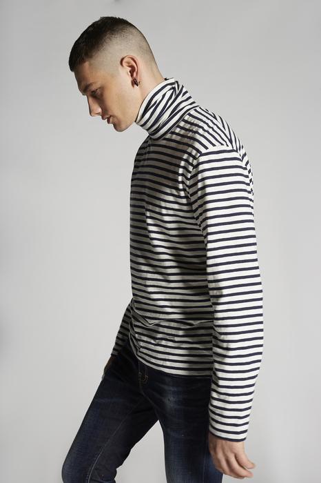 DSQUARED2 Men Short sleeve t-shirt White Size L 70% Cotton 15% Linen 15% Ramie fiber