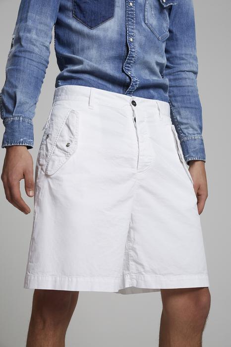 DSQUARED2 Men Shorts White Size 26 97% Cotton 3% Elastane