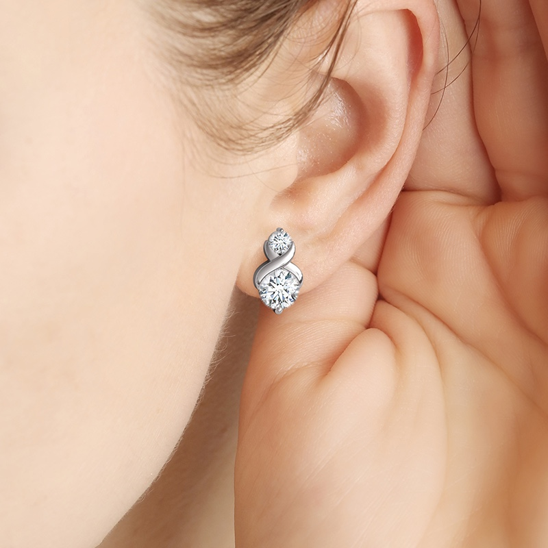6 Diamond Jewelry Designs Your Woman Would Surely Love