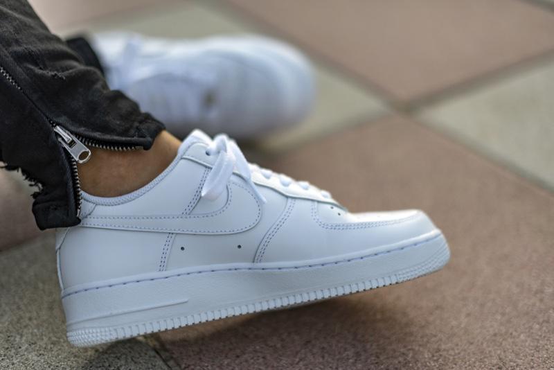 Man White Nike Air Force Sneakers