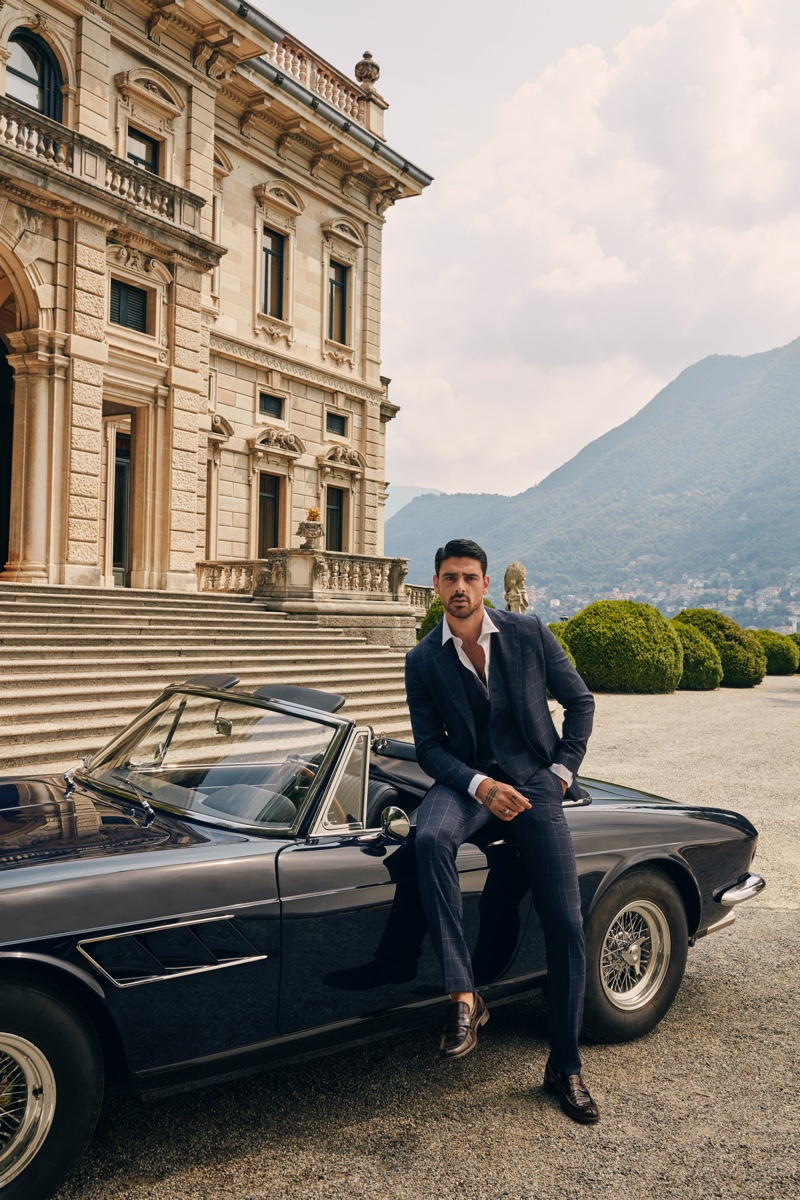 GUESS enlists actor Michele Morrone as the star of its fall-winter 2020 campaign.