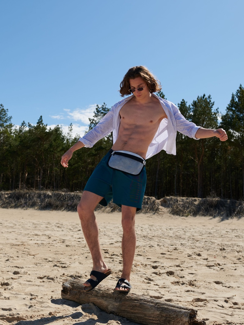 Pawel Hits the Beach with Reserved