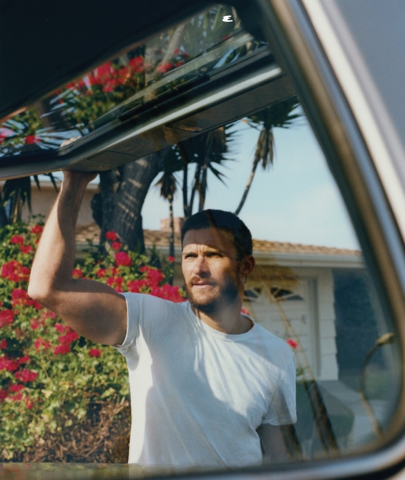 Actor Scott Eastwood stars in Esquire México's cover story for August 2020.