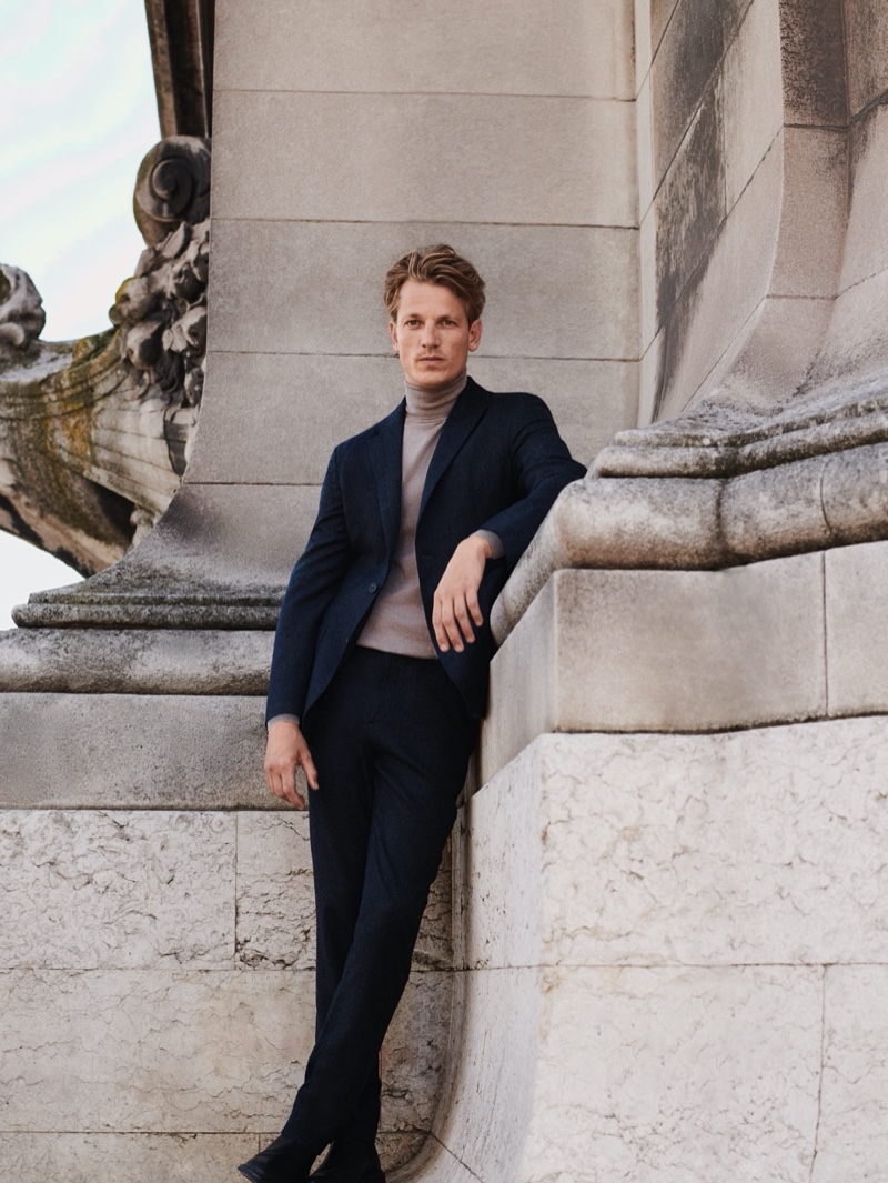 At the Break of Dawn: Hugo Models Fall Fashions from Massimo Dutti