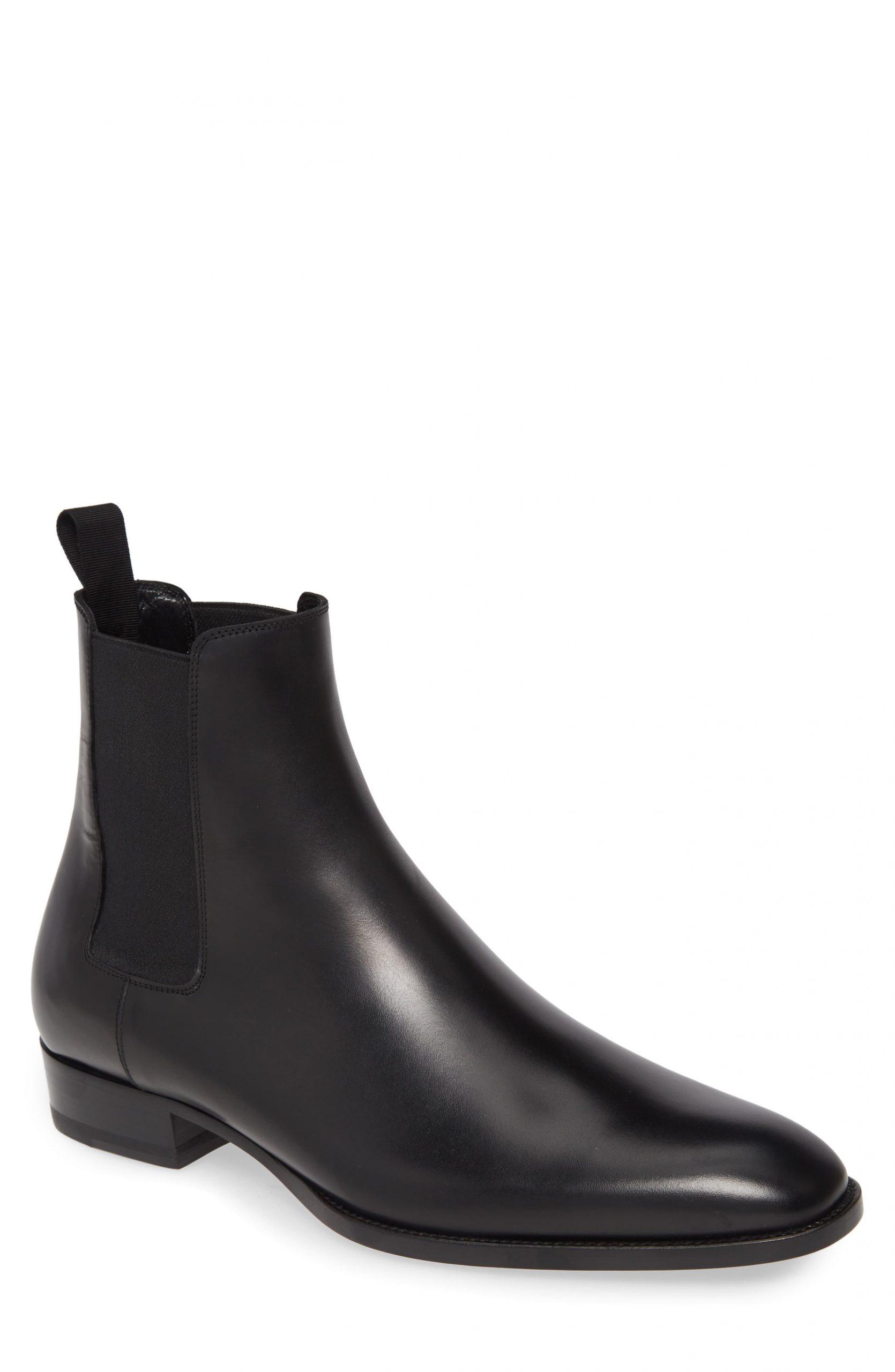 Men's Saint Laurent Chelsea Boot, Size