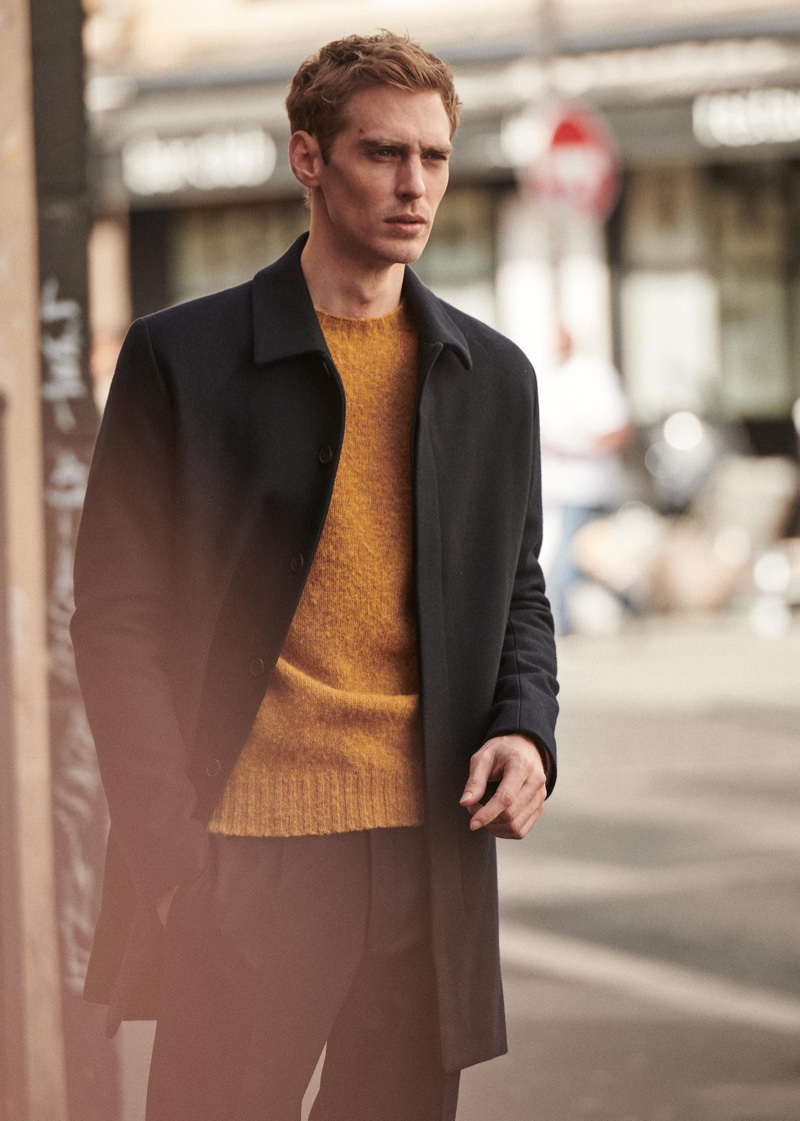 Jeremy Dufour takes to the streets of Paris in a chic look from Octobre's fall-winter 2020 collection.