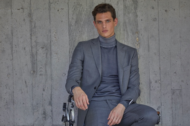 Embracing shades of grey, Pau Ramis dons a covetable look from Roberto Verino's fall-winter 2020 collection.