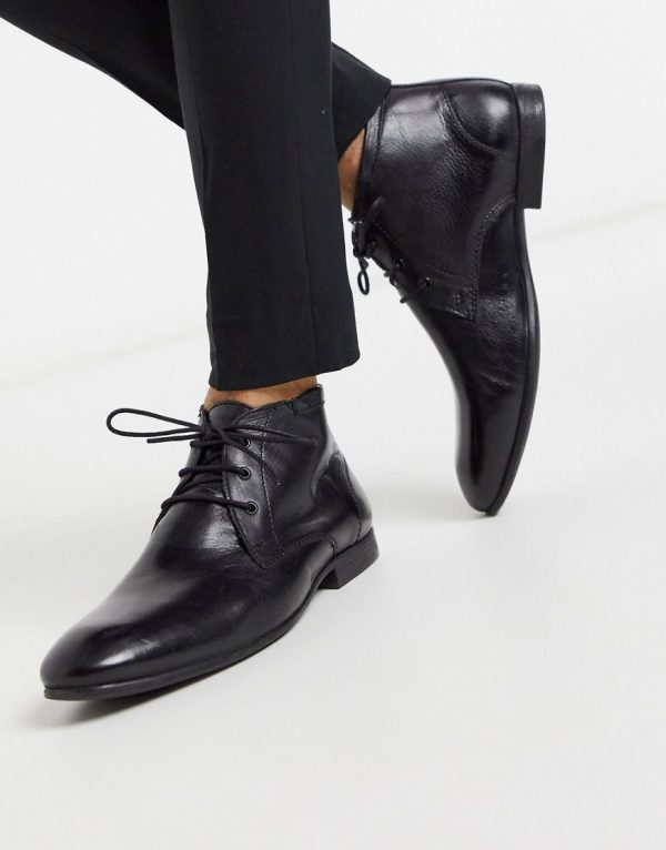 ASOS DESIGN chukka boots in black leather