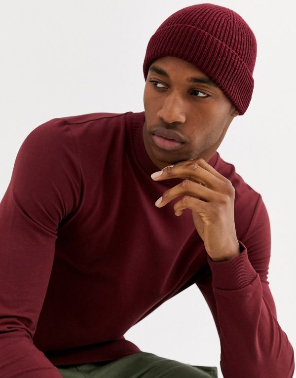 ASOS DESIGN fisherman beanie in burgundy-Red