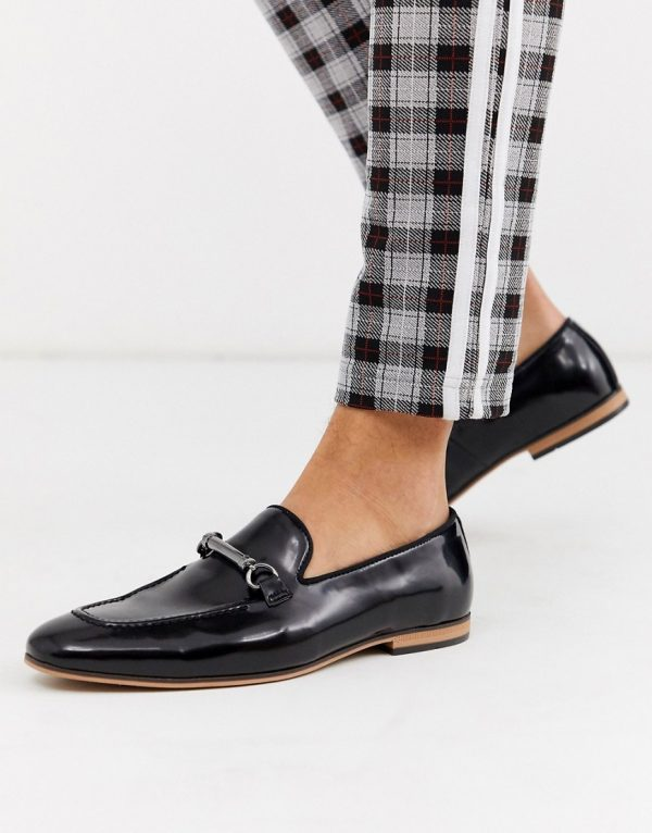 ASOS DESIGN loafers in black faux leather with snaffle