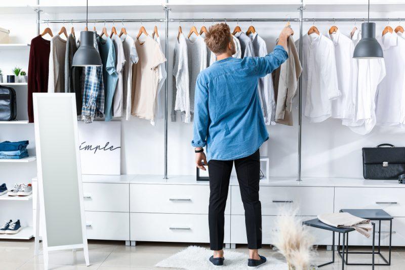 Mens Closet Sleek