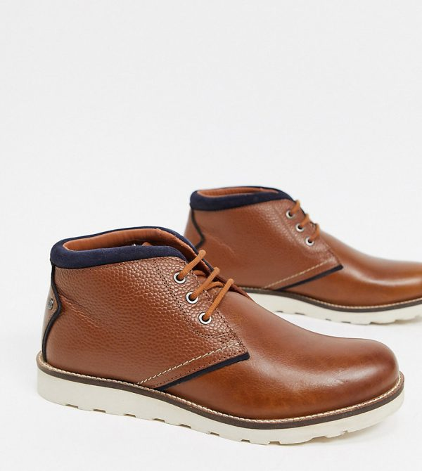 Original Penguin wide fit chukka boots with contrast collar in tan leather